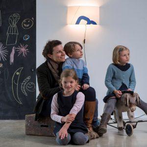 wandleuchte-heimathafen-achtern-blau-mit-textilkabel-und stecker-fuer-das-kinderzimmer
