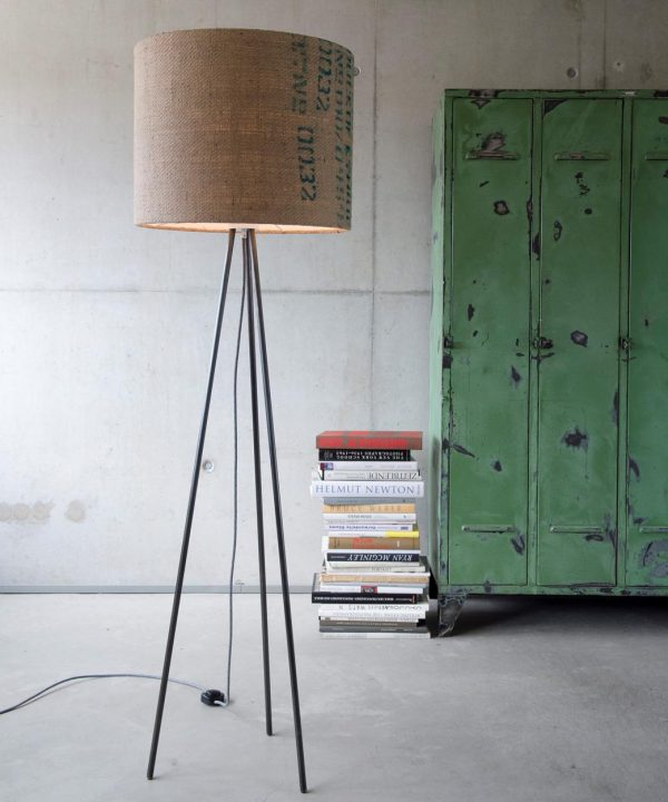 stehleuchte-modern-cool-upcycling-lumbono
