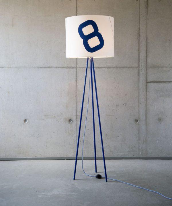 steheleuchte-heimathafen-tripod-mit-textilkabel-blau