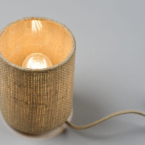 gemütliche Tischlampe