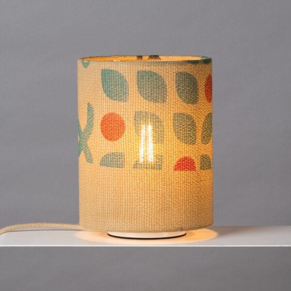 Tischlampe mit Muster