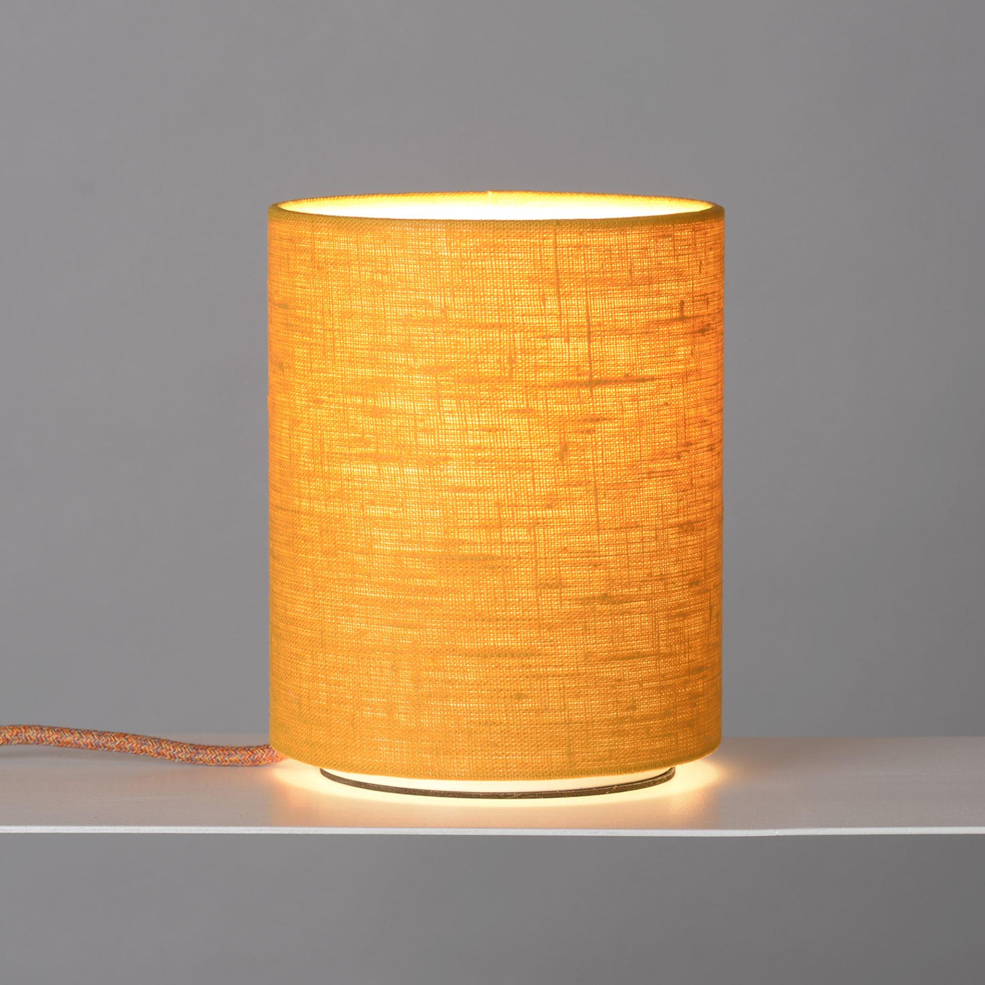 Tischlampe illuminating yellow